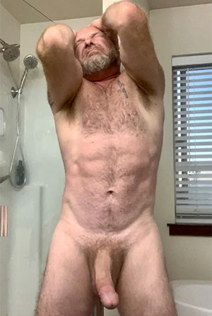 Bear fit daddy Jackson, MS will stretch you wide