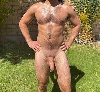 Good vibes for a hung bisex in Long Beach SOCAL
