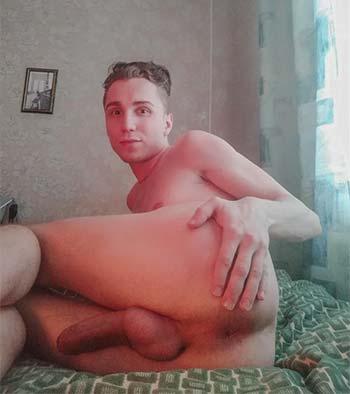 Shy white sissy bottom in Detroit, Michigan